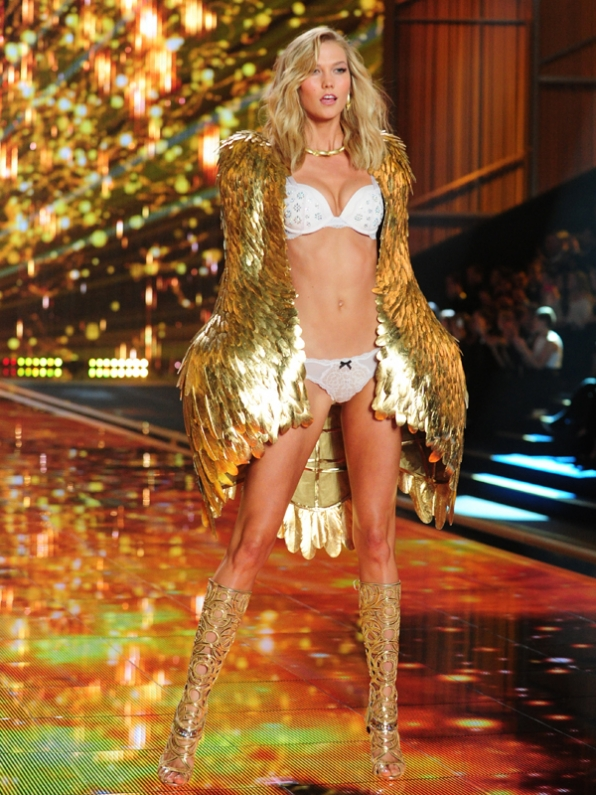 Victoria Secret Fashion Show 2017
